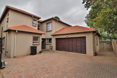 Property For Rent in Glen Marais, Kempton Park