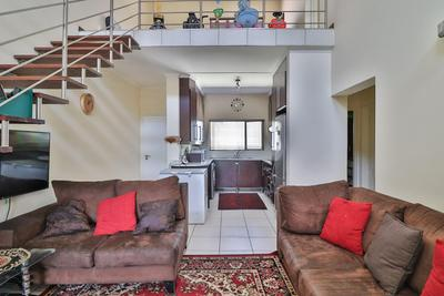 Property For Sale in Greenstone Hill, Kempton Park